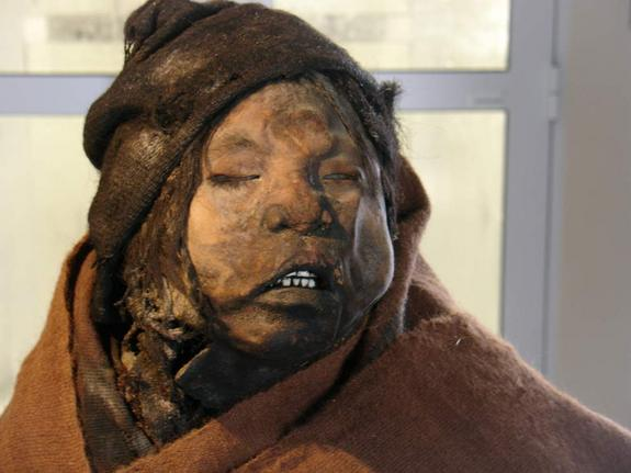 boy-inca-mummy