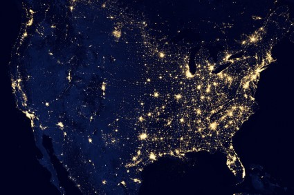 The-United-States-Of-America-At-Night1-425x283