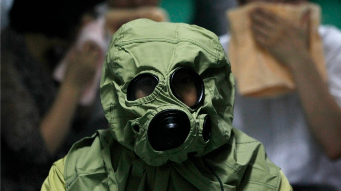 gas-mask-biological-attack-training