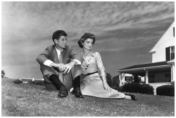 john-f-kennedy-and-jacqueline-bouvier-just-prior-to-their-wedding-in-1953-frank-jurkoski-corbis-bettmann-inp